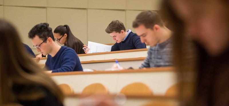 Érettségi felkészülés: itt találjátok az előző évek érettségi feladatsorait magyarból, töriből és matekból