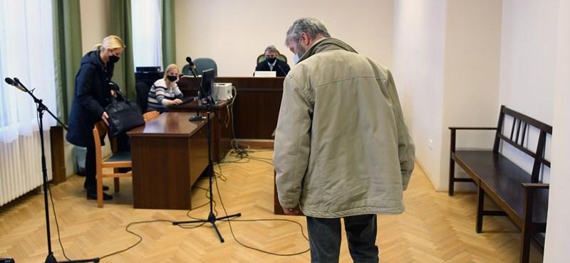 Fegyházat kérnek a férfira, aki Molotov-koktéllal akarta bezárni a Lidlt