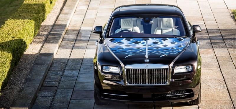 Limitált, rocksztáros sorozatot adott ki a Rolls-Royce