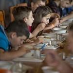 Csak diákigazolvánnyal kapnak ebédet a pécsi iskolások