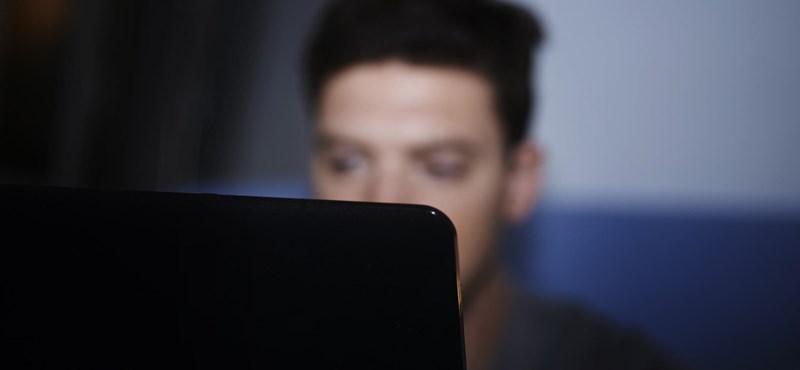 Újfajta kijelzőt kezd gyártani a Samsung, szebb lesz tőle a kép a laptopokon