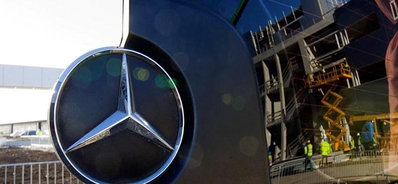 Készül a Mercedeseket szállító vasúti vágány Kecskeméten