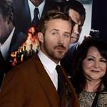 Fotó: Ryan Gosling anyukája oldalán pózolt