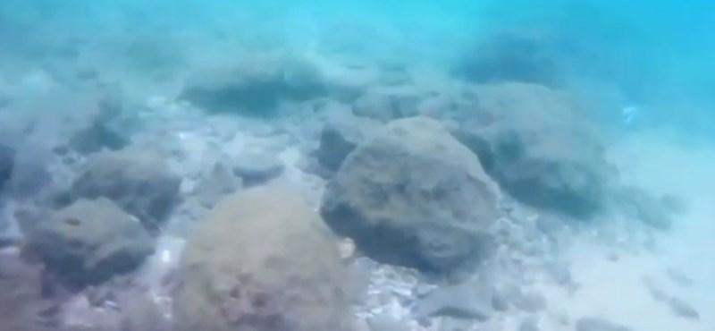 Az emelkedő tengertől már 7000 éve is féltek, a régészek most megtalálták a védőfalat a víz alatt
