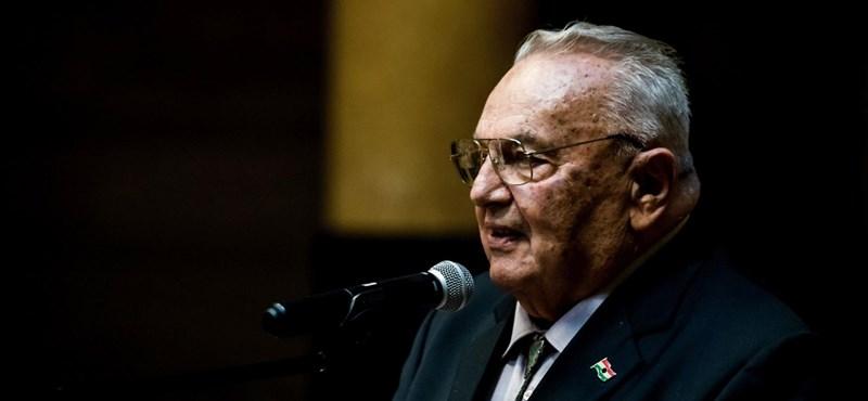 Elhunyt Bőzsöny Ferenc, a Magyar Rádió egykori főbemondója