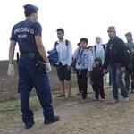 443 határsértőt fogtak el a hétvégén