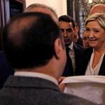 Videó: Marine Le Pen nem volt hajlandó felvenni a fejkendőt Libanonban, inkább elviharzott