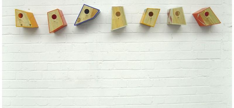 Cuki madárházak kitűnő álcázással