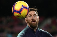Hetven százalékkal csökken Messiék bére a Barcelonánál