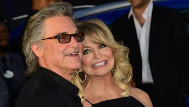 Esélyes, hogy Goldie Hawn és Kurt Russel megnyerte a legszexibb karácsonyi fotó versenyét