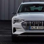Itt az új Audi villanyautó, nem megnövelt, hanem csökkentett hatótávval