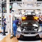 Még azt sem tudja a kormány, hány tízmilliárdot fizet a BMW-nek a debreceni gyárért