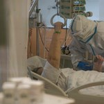 Belehalt a koronavírus-fertőzésbe egy 28 éves férfi