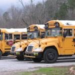 Videó: őrült dolog történt ezzel az iskolabusszal