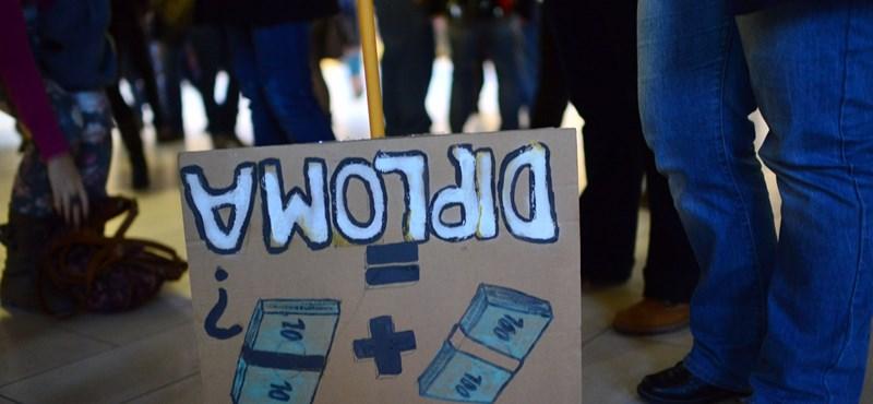"""Egyre többen csatlakoznak az ELTE TÁTK-on szerveződő """"sztrájknaphoz"""""""