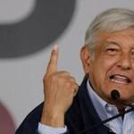 Míg itthon jól megemelték, Mexikóban éppen csökkentették fizetésüket a politikusok