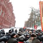 Meg kell halnod, Sztálin elvtárs! Patkányméreg, balta és más teóriák