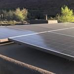 A kaliforniai tüzek hatása: sokkal kevesebb áramot tudnak termelni a napelemek