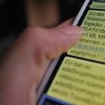 Paráznak a roamingdíjak eltörlése miatt a telekomcégek