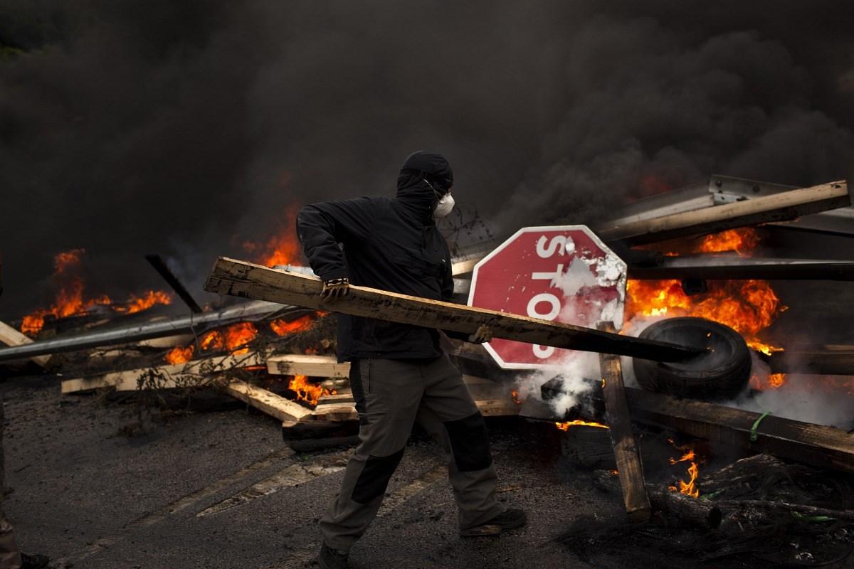 Rakétákkal támadtak a sztrájkoló spanyol bányászok - Nagyítás-fotógaléria