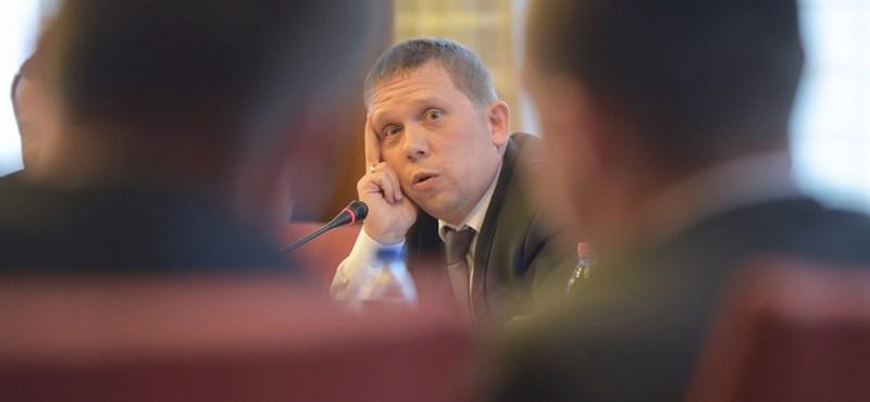 A Veszprémben győztes Kész Zoltán azt akarja, az ellenzék álljon be mögé