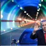 Így várja Erdogant a Párbeszéd – fotó