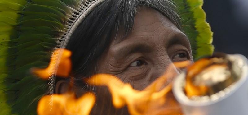 El akarták ragadni az olimpiai lángot Brazíliában