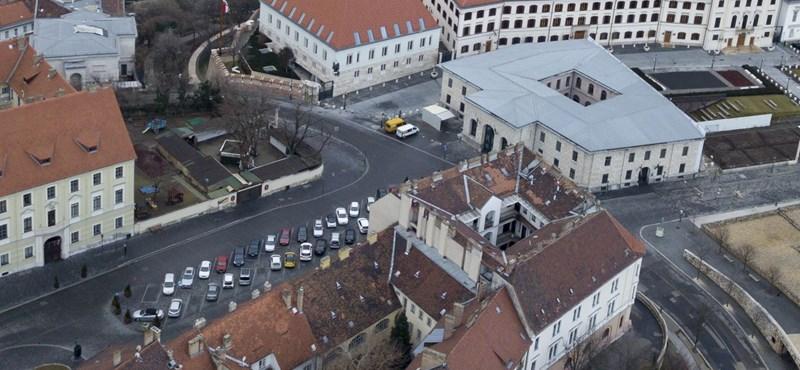 Orbán a Sándor-palotára hajt? Végleg kormányzati negyeddé alakul a budai Vár