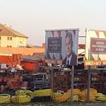 Megbüntették a Fideszt az Orbán-plakátok miatt