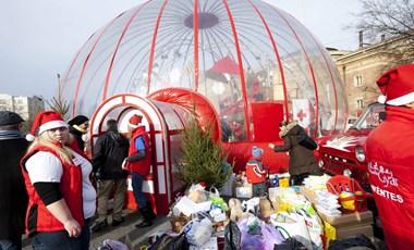 Rekordmennyiségű adományt gyűjtött a Mikulásgyár