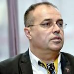 Átlátszó: A vizes vb-t rendező cég gazdasági vezetője is érintett lehet egy NAV-os vesztegetési ügyben