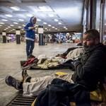 Büntetés helyett segítséget kellene nyújtani – roma érdekvédők is tiltakoznak a hajléktalantörvény ellen