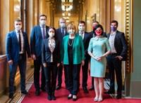 Medián: Ismét nőtt a különbség a Fidesz és az ellenzéki közös lista támogatottsága között