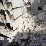 A bombázások után szomjan halhatnak Aleppóban