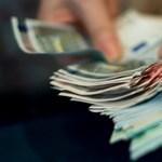 Paks II. miatt bukhat a magyar euró