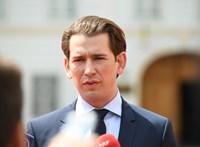 A Facebookon jelenti be az osztrák kancellár, mit lép, miután a helyettese megbukott