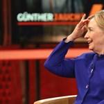 Clinton átadta a levelesládáját