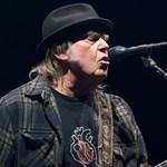 Az eltűnt idő nyomában járhatunk Neil Young új lemezét hallgatva