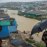 Halottak, földcsuszamlás – a monszun letarolta a bangladesi rohingya menekülttáborokat