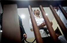 Ahmed H. idegenrendészeti őrizetben várja a papírjait, utána felteszik a repülőre