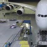 Videó: így takarítanak le egy egész Airbus 380-as óriásrepülőt úgy, hogy alig használnak vizet