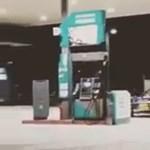 Letartóztatás járt a benzinkúton driftelő autósnak