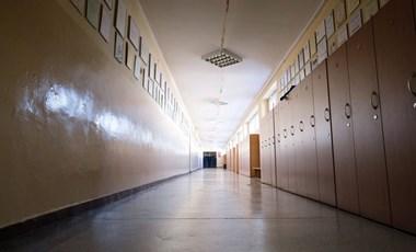 Egy héttel nyitás után több iskolát ismét bezárnak Franciaországban