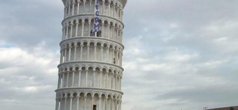 """""""El a kezekkel az egyetemektől"""" - újabb diáktüntetés Rómában"""