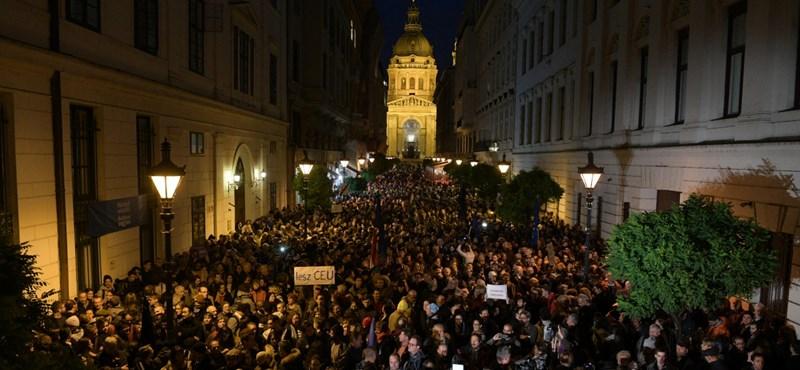 """Újabb tüntetést szerveznek: """"szüntessenek be minden felsőoktatási és kutatási cenzúrát"""""""