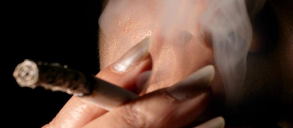 elektronikus dohányzási segédeszköz