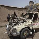 Lázadók csaltak csapdába katonákat Pakisztánban