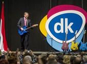 """Special Feri-pólók, """"nyelvezetkereső tréning""""  – a DK alapítványának költései az elmúlt 5 évben"""