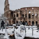 Felügyelik a szavazást az olasz buszsofőrök, megállt a közlekedés