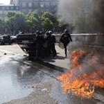 Fotók: A francia taxisok nem viccelnek, amikor az Uber ellen tüntetnek